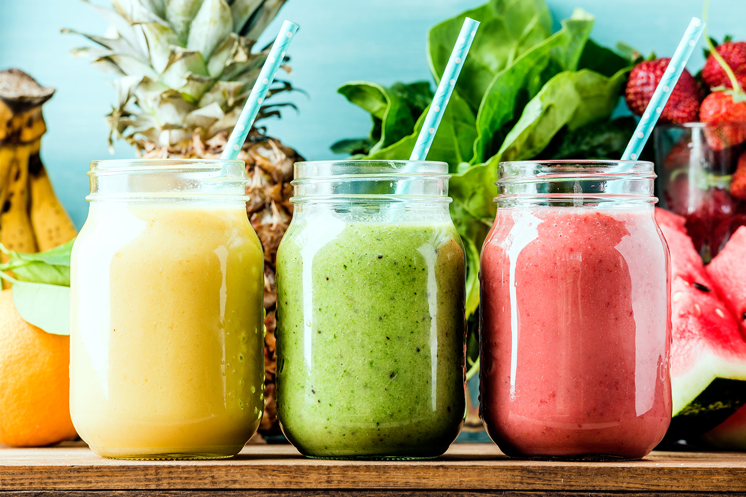 GET BEAUTIFUL SKIN WITH GREEN SMOOTHIES