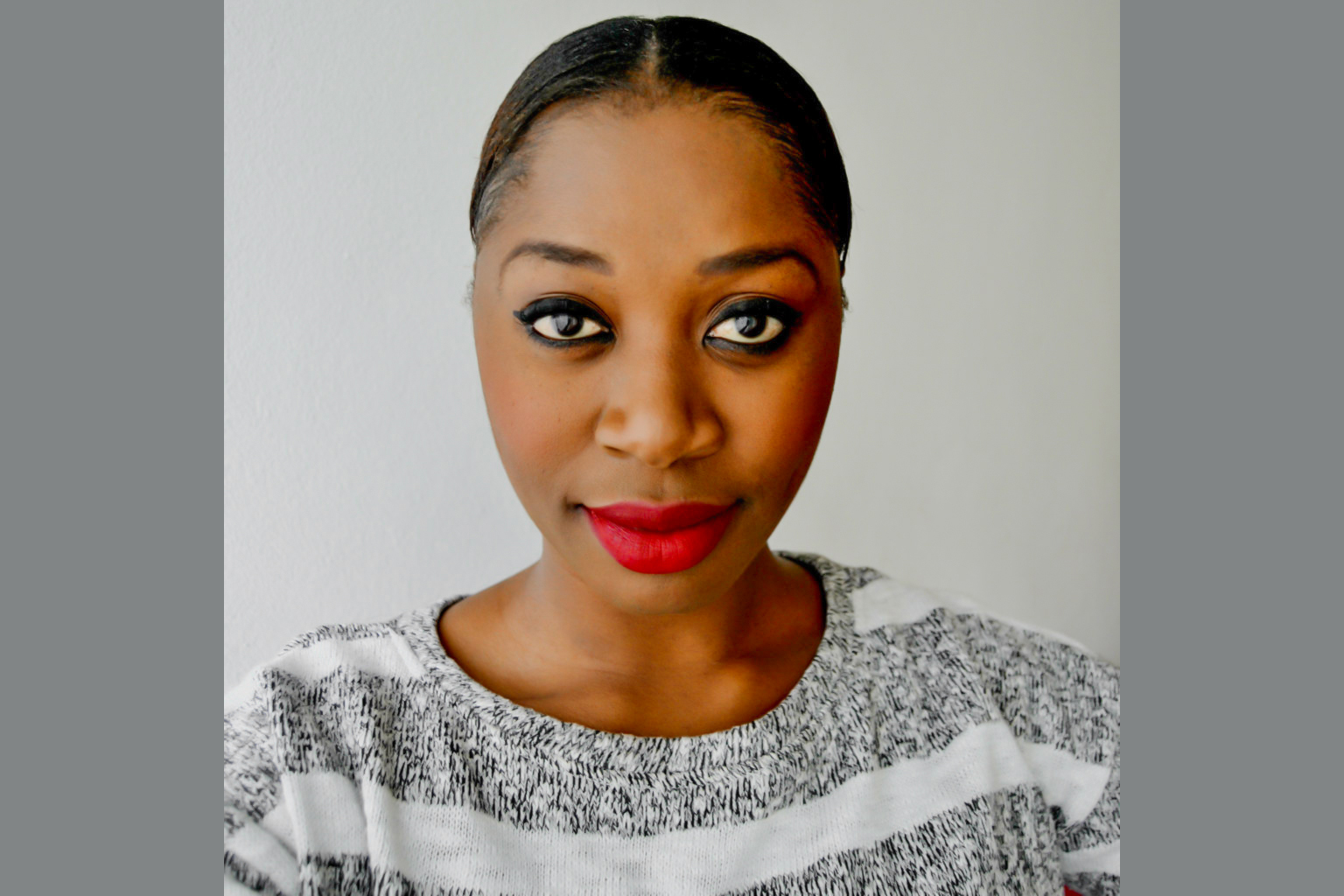 WHAT IS THE BEST BLUSH FOR DARK SKIN TO WEAR WITH RED LIPS