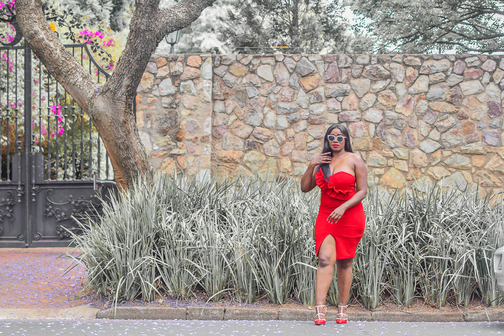 red dress yde
